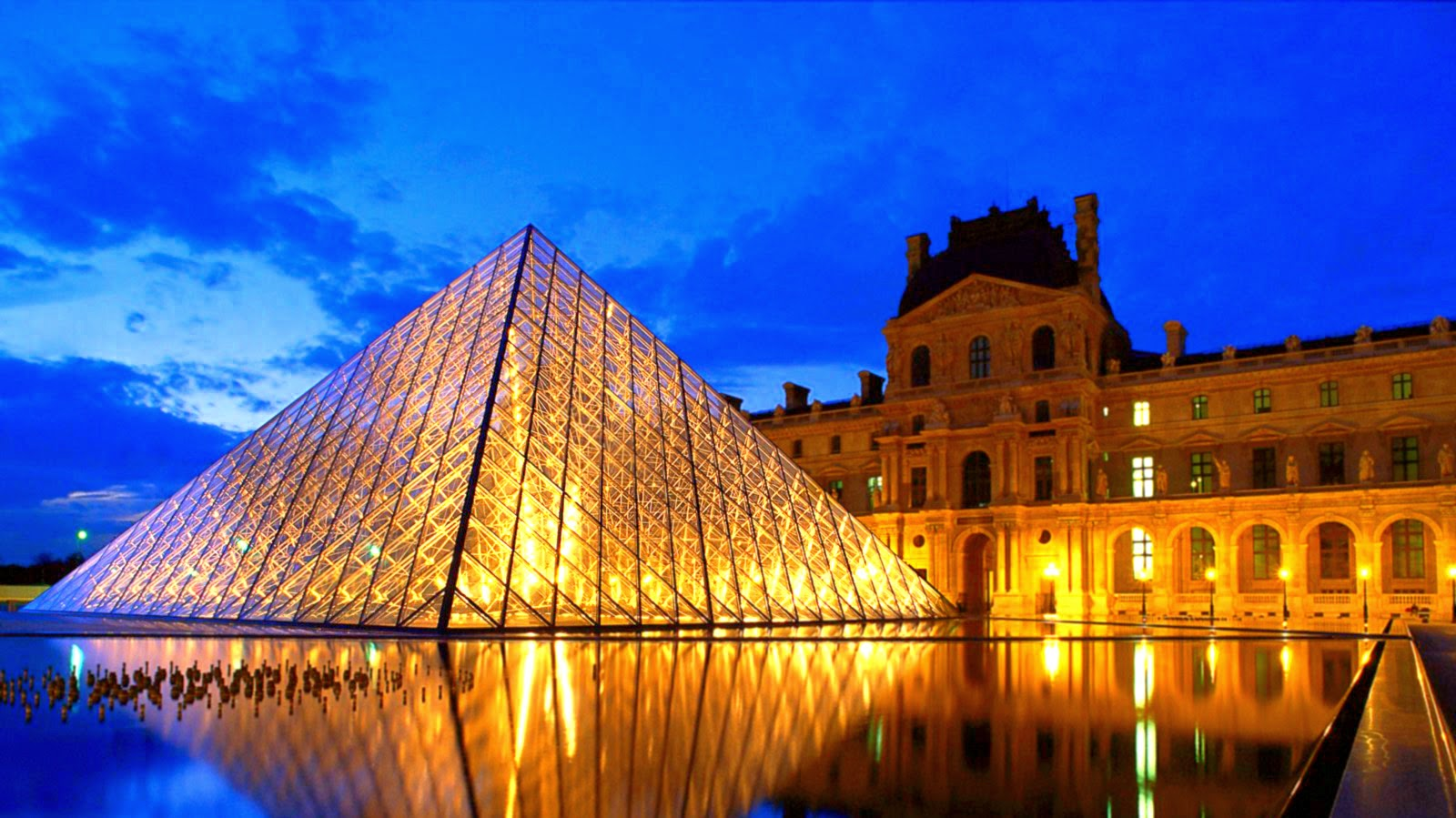 Museu do Louvre – Love Paradise Paris
